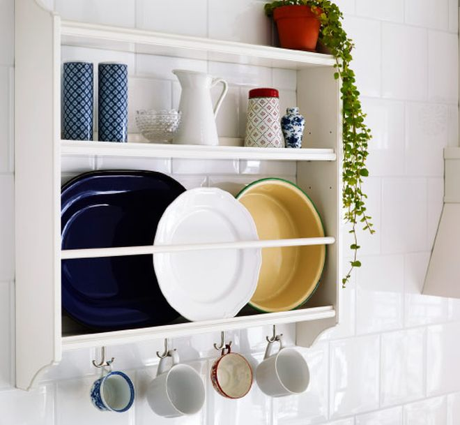 15 Breathtaking Floating Shelves That You Dont Have To DIY